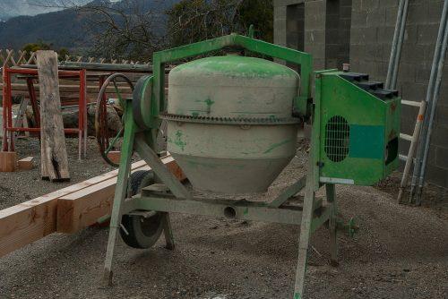 Máy trộn bê tông cũ